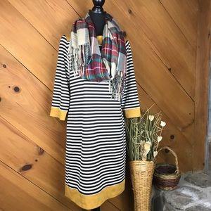 Tiana B   Striped Shift Dress   Black & White   10